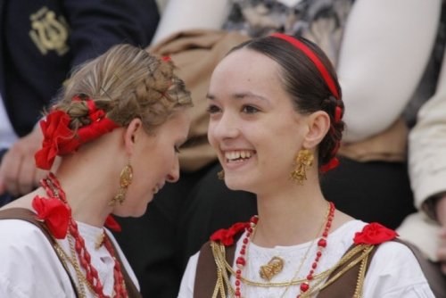 autochthonous jewellery worn by women during festivities in Dubrovnik
