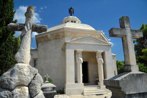 Račić Mausoleum